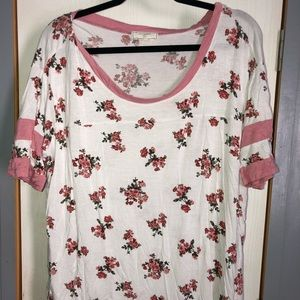 Tops - Floral football tee